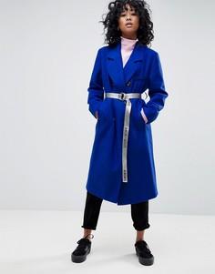 Пальто оверсайз с контрастным поясом ASOS - Синий