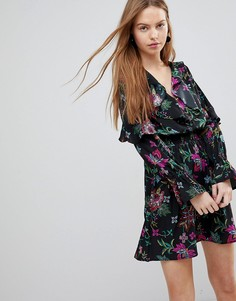 Платье с цветочным принтом и оборками Influence - Мульти