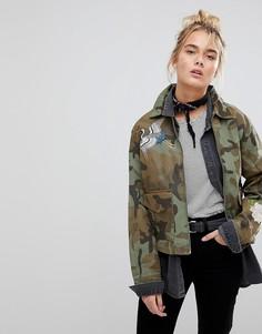Спортивная куртка с камуфляжным принтом и вышивкой Levis - Зеленый Levis®