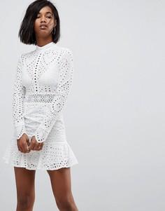 Кружевное приталенное платье мини Lioness - Белый