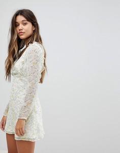Чайное платье с завязками на спине и цветочным принтом Fashion Union - Мульти
