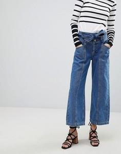 Широкие укороченные джинсы с ремнем River Island - Синий