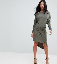 Облегающее платье с запахом и открытыми плечами John Zack Petite - Зеленый