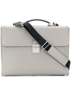 чемодан с застежкой на защелку Serapian