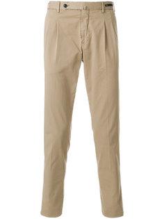 брюки-чинос со складками  Pt01