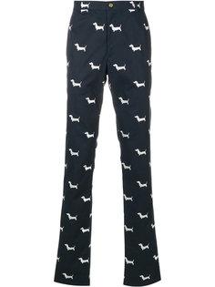 саржевые брюки-чинос с принтом Hector Thom Browne