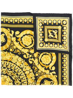 платок с барочным принтом Versace