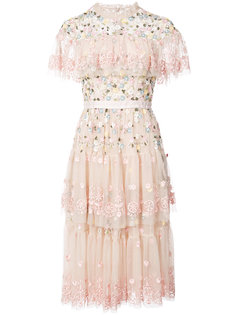платье с цветочной вышивкой Needle & Thread