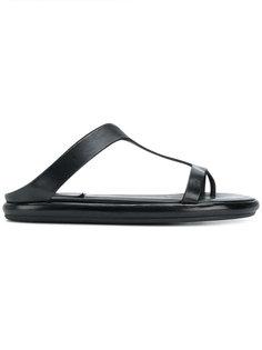 сандалии модели тонги Marsèll