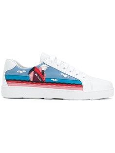 кроссовки с нашивками Prada