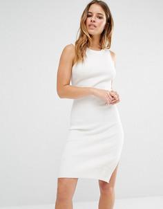 Трикотажное платье мини с вырезом капелькой сзади Noisy May Petite - Белый