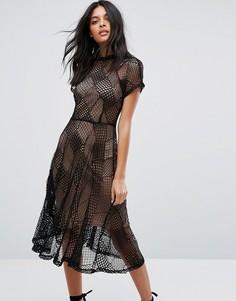 Кружевное приталенное платье миди со съемной шифоновой подкладкой Goldie - Черный
