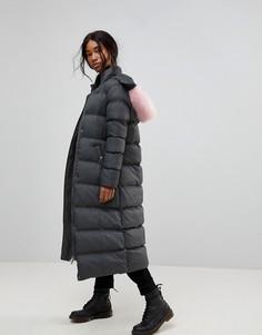Дутое пальто макси с контрастным искусственным мехом на капюшоне Brave Soul - Серый