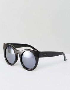 Солнцезащитные очки с сиреневыми затемненными стеклами Quay Australia - Черный