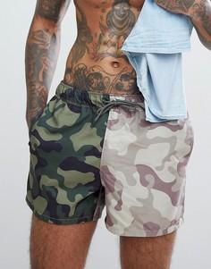 Короткие шорты для плавания с камуфляжной вставкой ASOS - Зеленый
