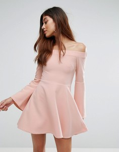 Короткое приталенное платье с открытыми плечами Oh My Love - Розовый