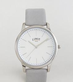 Часы с серым кожаным ремешком и полосками на циферблате Limit эксклюзивно для ASOS - Серый