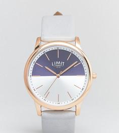 Часы с серым кожаным ремешком Limit эксклюзивно для ASOS - Серый