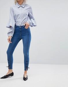 Зауженные джинсы с разрезами и шнуровкой у нижнего края Urban Bliss - Синий