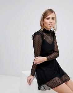 Короткое приталенное платье из сетки с высоким воротником Parisian - Черный