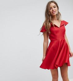Приталенное платье мини с открытыми плечами Chi Chi London Petite - Красный