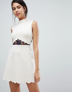 Трапециевидное платье мини с кружевными вставками ASOS - Бежевый
