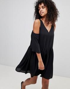 Свободное платье с открытыми плечами Monki - Черный
