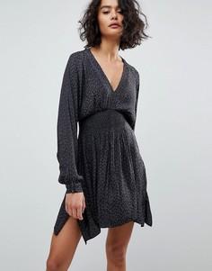 Платье с леопардовым принтом и сборками AllSaints - Черный
