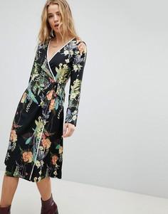 Платье с запахом и оборкой Boohoo - Мульти