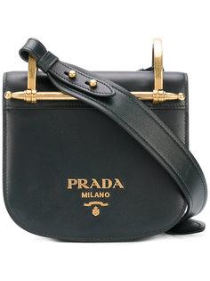 округлая сумка через плечо Prada