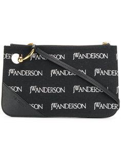 клатч Pierce с вышитыми логотипами JW Anderson