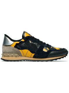 камуфляжные кроссовки Rockstud Valentino