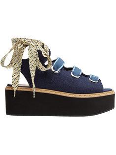 босоножки со шнуровкой на платформе  Fendi