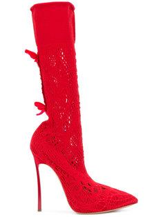 сапоги с заостренным носком Casadei