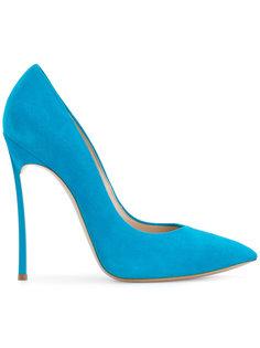 классические туфли-лодочки с заостренным носком Casadei