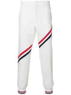 спортивные брюки с полосатым принтом Thom Browne