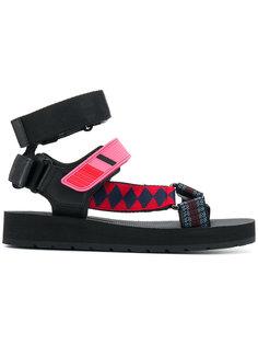 сандалии с ремешками Prada