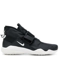 кроссовки Komyuter Nike