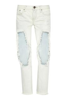 Светлые джинсы со сквозными потертостями One Teaspoon