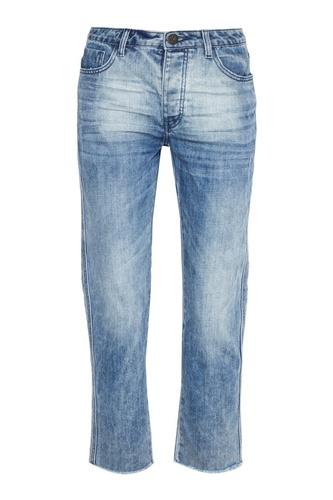 Голубые вареные джинсы