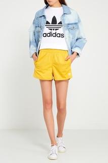 Белая футболка с контрастным логотипом Adidas
