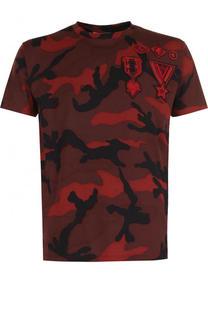 Хлопковая футболка с камуфляжным принтом и нашивками Valentino