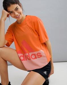 Оранжевая спортивная футболка с логотипом adidas - Оранжевый