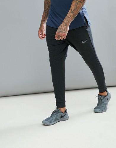 Черные брюки Nike Training 889393-010 - Черный