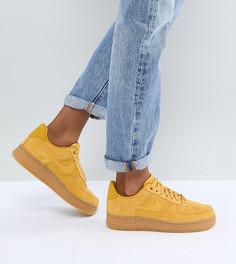 Замшевые кроссовки горчичного цвета на резиновой подошве Nike Air Force 1 - Желтый