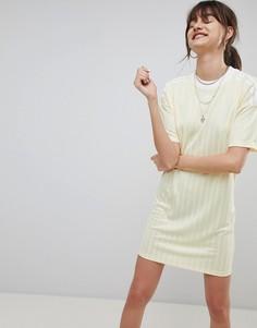 Желтое платье с тремя полосками adidas Originals - Желтый