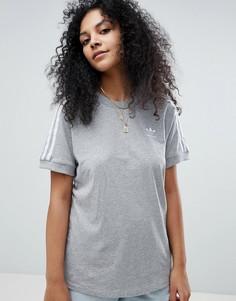 Серая футболка с тремя полосками adidas Originals adicolor - Серый