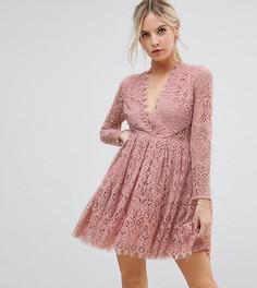 Кружевное платье мини для выпускного с длинными рукавами ASOS PETITE - Розовый
