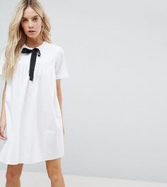 Свободное платье с люверсами и завязкой ASOS PETITE - Белый