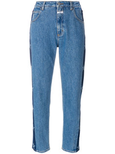 джинсы со звездами Closed